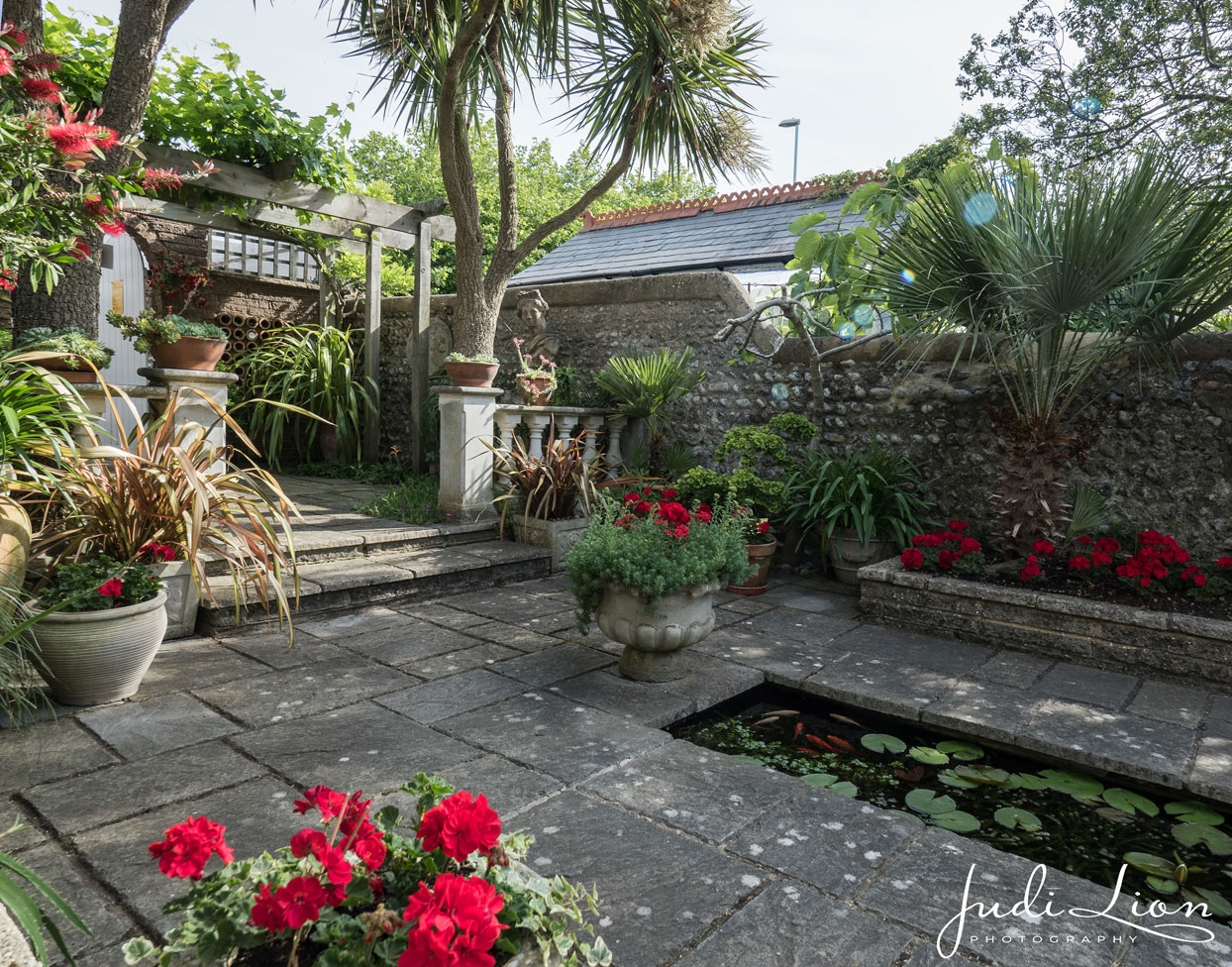 Ambrose Place Back Gardens Worthing West Sussex BN PZ - Pictures of back gardens