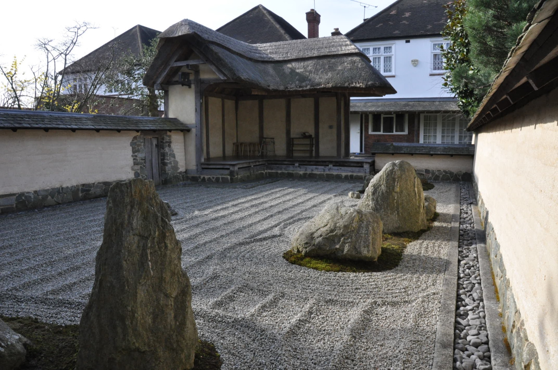 zen garden at japanese temple london w3 9ab national garden scheme. Black Bedroom Furniture Sets. Home Design Ideas